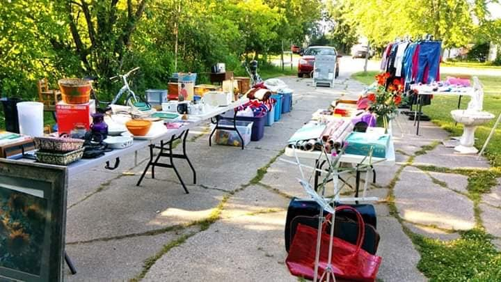 Advertise your yard sale on MCP/OCP.
